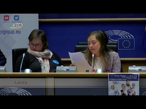 Des personnes trisomiques interpellent le Parlement européen