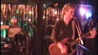50 Foot Wave - Petal (live, jan. 2004)