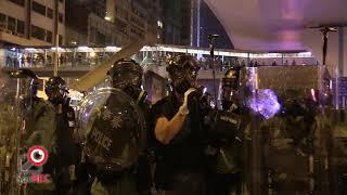 21JUL2019警方舉黑旗隨即施放催淚彈