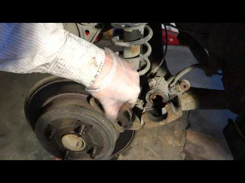 How To Replace Rear Brake P And Disc Toyota Corolla Years 2002 2018