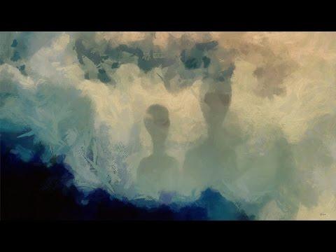 Onzichtbare entiteiten die in de atmosfeer van de aarde leven