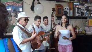 Lo mejor de Cuba: su gente, su musica y el Son