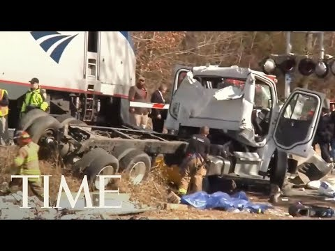 Train Carrying Republicans To Retreat In West Virginia Hits Garbage Truck | TIME