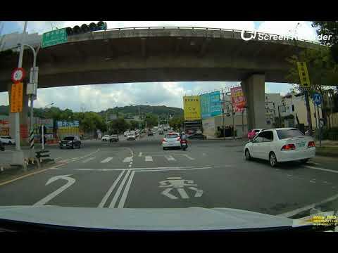 台中 汽機車追撞