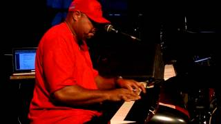 A Song For All (DONNY HATHAWAY cover) Frank McComb Live @ Bizz'Art 28-04-2014