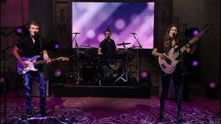 "We Three Performs ""Heaven's Not Too Far"" - Pickler & Ben"