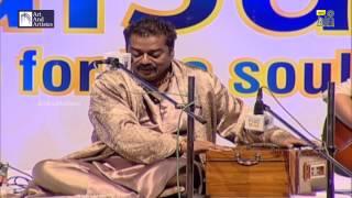 Jhoom Le Hans Bol Le | Hariharan Ghazals | LIVE | Idea Jalsa