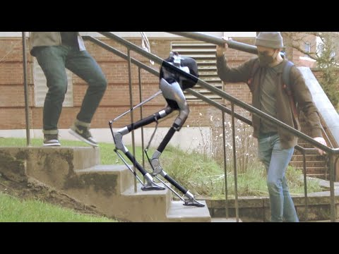 Agility Robotics' Cassie Is Now Astonishingly Good at Stairs