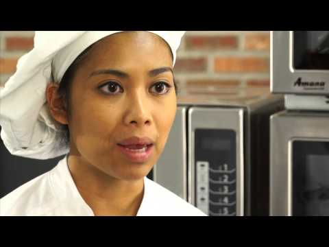 RCS511TS 1100w Commercial Microwave - CM744 Product Video
