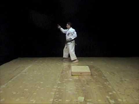 Kyan No Sai Kata of Isshinryu