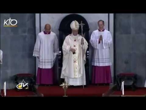 A Rio, le Pape François avec les évêques, les prêtres et les religieux