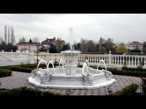 Видео к Бассейн арт. 032 с фонтаном, форсунками, подсветкой №1