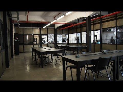 """Conheça o """"coworking"""", ambiente de trabalho compartilhado que é tendência em Friburgo"""