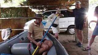 preview picture of video 'Rafting on the Tana River, Kenya (1)'
