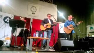 "Chris Difford & Glenn Tilbrook ""Happy Days"" Maida Vale Studios"