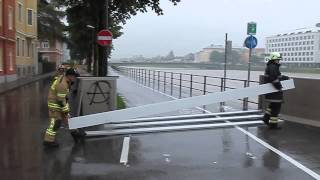 preview picture of video 'Hochwasser: Einsatz in der Salzburg Stadt'