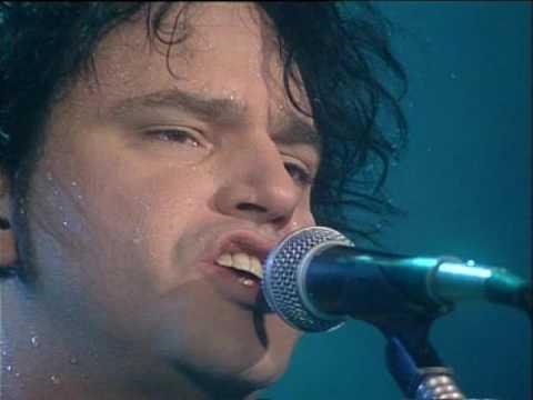 Los 7 Delfines video La ronda - CM Vivo 1999
