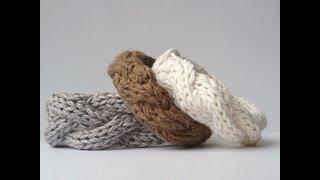 KNITTING TUTORIAL - CABLE BRACELET