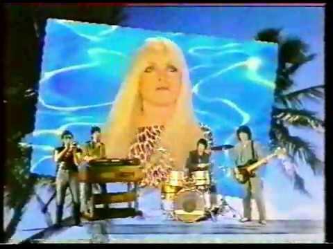 """Blondie,  """"Island Of Lost Souls"""" (alternative video)"""