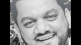 تحميل اغاني الناس تبكي وبسماتي على شفتي ،،،، حسين الأكرف MP3