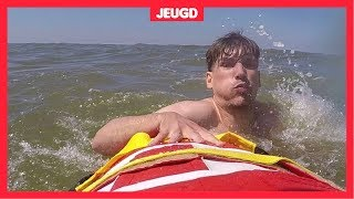 Zo zwem je veilig in zee