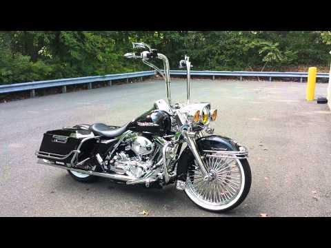 mp4 Harley Davidson Road King Custom, download Harley Davidson Road King Custom video klip Harley Davidson Road King Custom