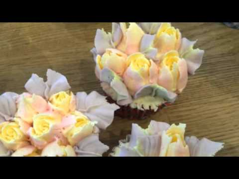 Our little home made video using Nifty Nozzles and buttercream, any frosting works.