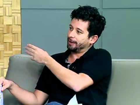 João Paulo Cuenca comenta na Globonews o livro Ninguém muda ningém