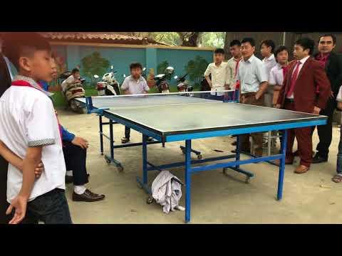Trận Trung kết bóng bàn đơn nam của Trường Tiểu học Vân Hà nhân Ngày Hội Thiếu nhi vui khỏe tiến bước lên Đoàn 26/3/2018.