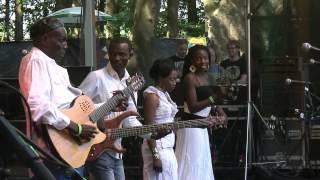 Oliver Mtukudzi - AFH44