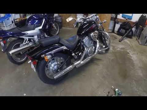 Honda Shadow VT600C Rear Turn Signal Removal