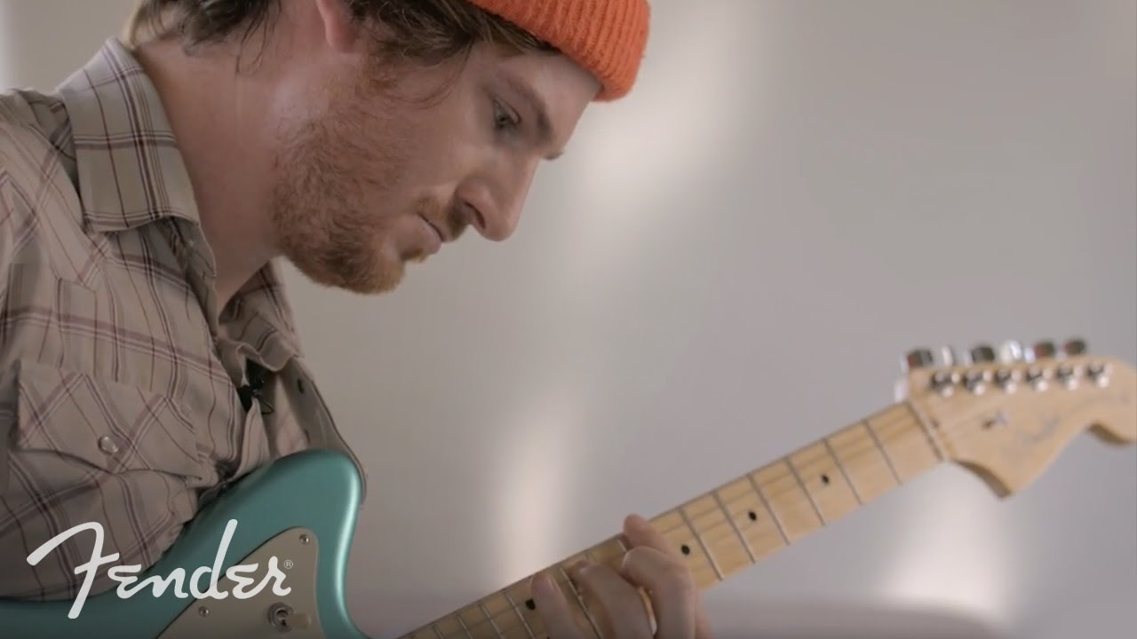 Fender American Professional Jaguar RW - OW Video