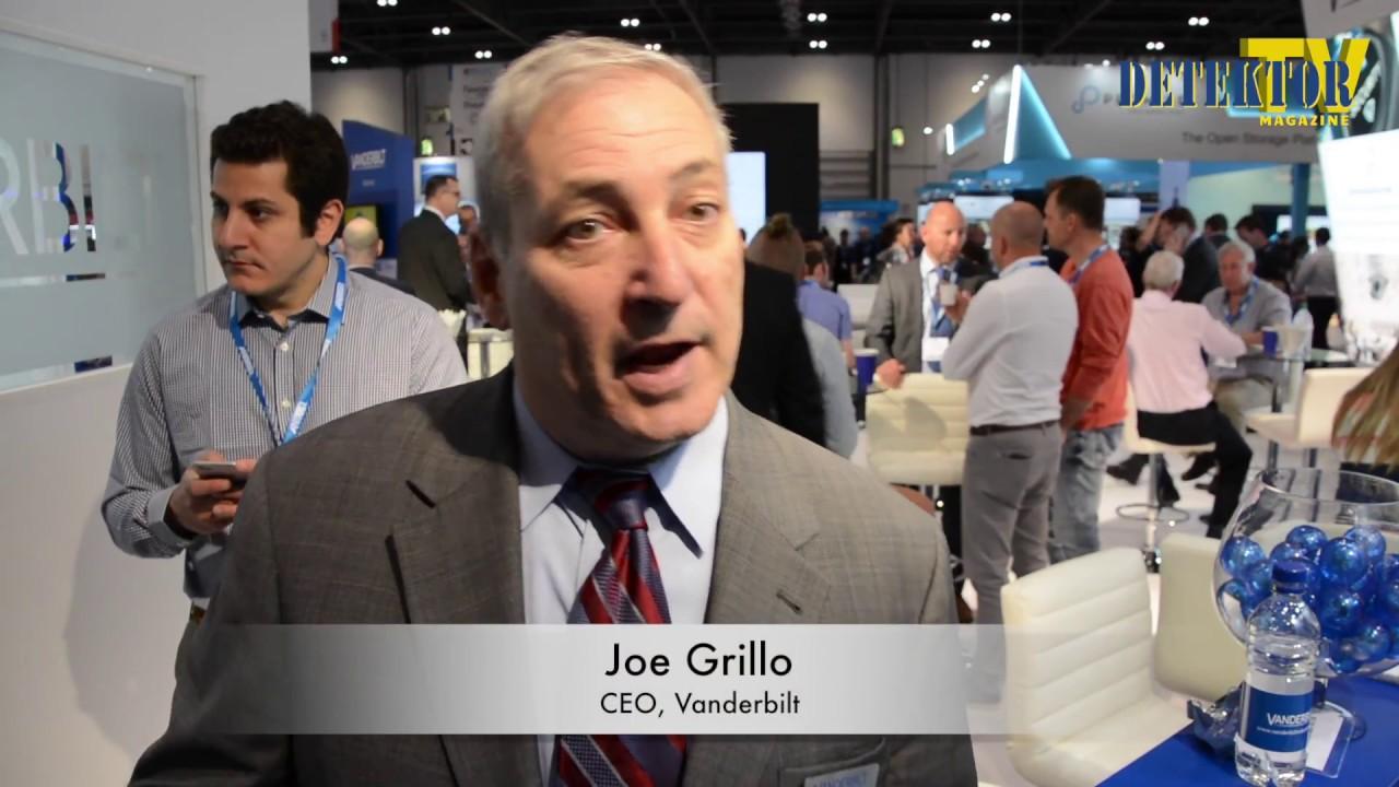 Webb-tv: Grillo, Gren, Racz och fler om cybersäkerhet