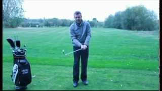 Golf Tips : Grip Pressure : How hard should you grip the golf club?