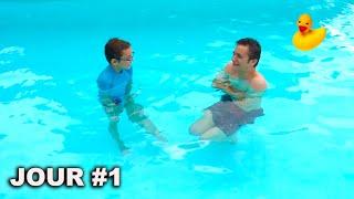 Le Dernier à Sortir de la Piscine Gagne la Boite Mystère ! (Last To Leave The Pool Wins Mystery Box) thumbnail