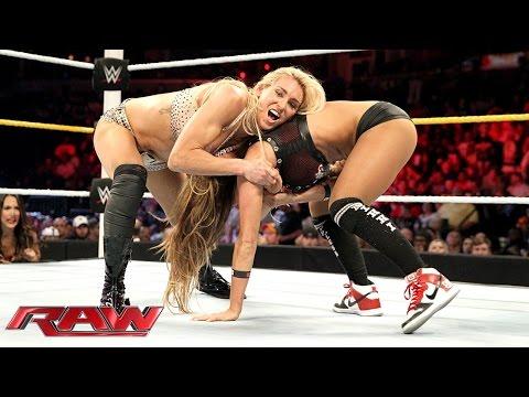 Charlotte vs. Nikki Bella - Divas Championship Match: Raw, Sept. 14, 2015