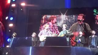 The Auld Triangle - Ed Sheeran ft. Kodaline & Glen Hansard - Croke Park 25/07/2015