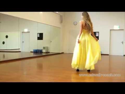 Model Luisa walks elegant in High Heels