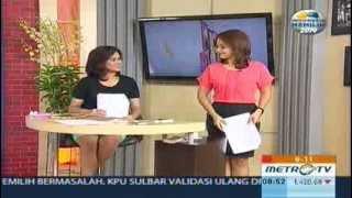 Presenter Seksi Widya Saputra - Wide shot Metro TV