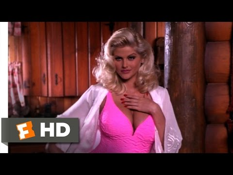 Naked Gun 33 1/3: The Final Insult (8/10) Movie CLIP - Come Here, Sexy (1994) HD