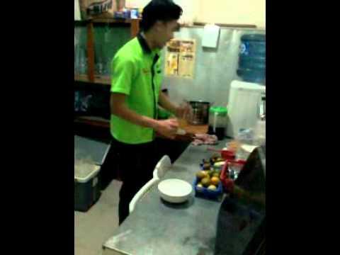 Video Cara membuat ice jeruk yang segar