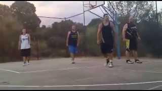 Pachanga de baloncesto casa moi
