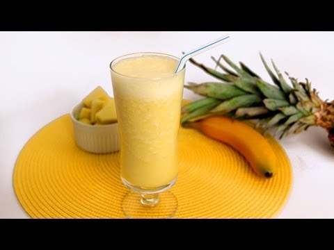 Video Pineapple Banana Smoothie Recipe - Laura Vitale - Laura in the Kitchen Episode 566