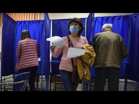 Στη σκιά της δηλητηρίασης Ναβάλνι, περιφερειακές εκλογές στη Ρωσία…