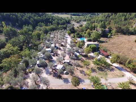 Le camping vue d'un Drone