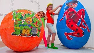 Giant Surprise Toys Eggs LadyBug VS TMNT