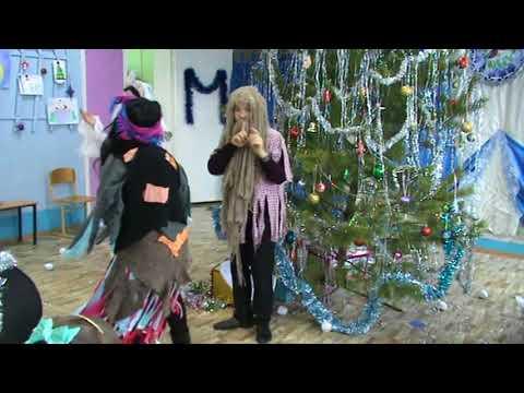 Дед Мороз Новый год в деревне Дорога в клуб