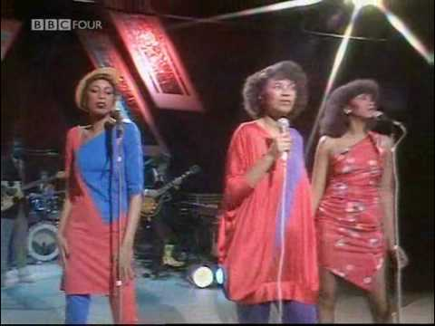 Pointer Sisters: Slow Hand - Live on BBC's Russell Harty 1981