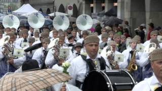 Sechseläuten Umzug Mit Polizeimusik Zürich-Stadt Als Spiel Der Zunft Zur Waag