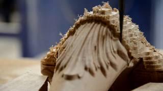 Производство резной мебельной ножки из массива дерева на станке с ЧПУ - РезьбаПро